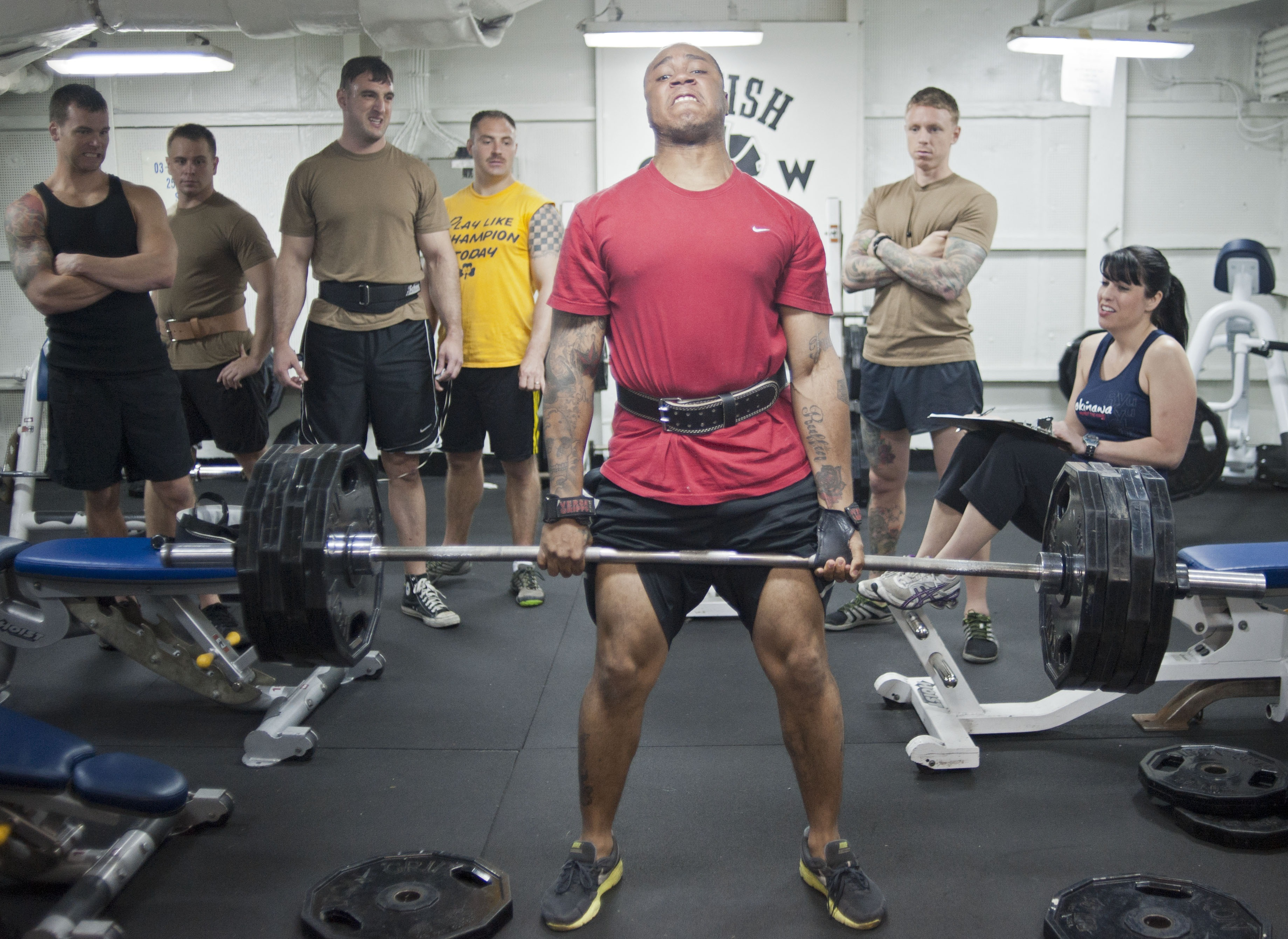 weights_weight_lifters_dead_lift